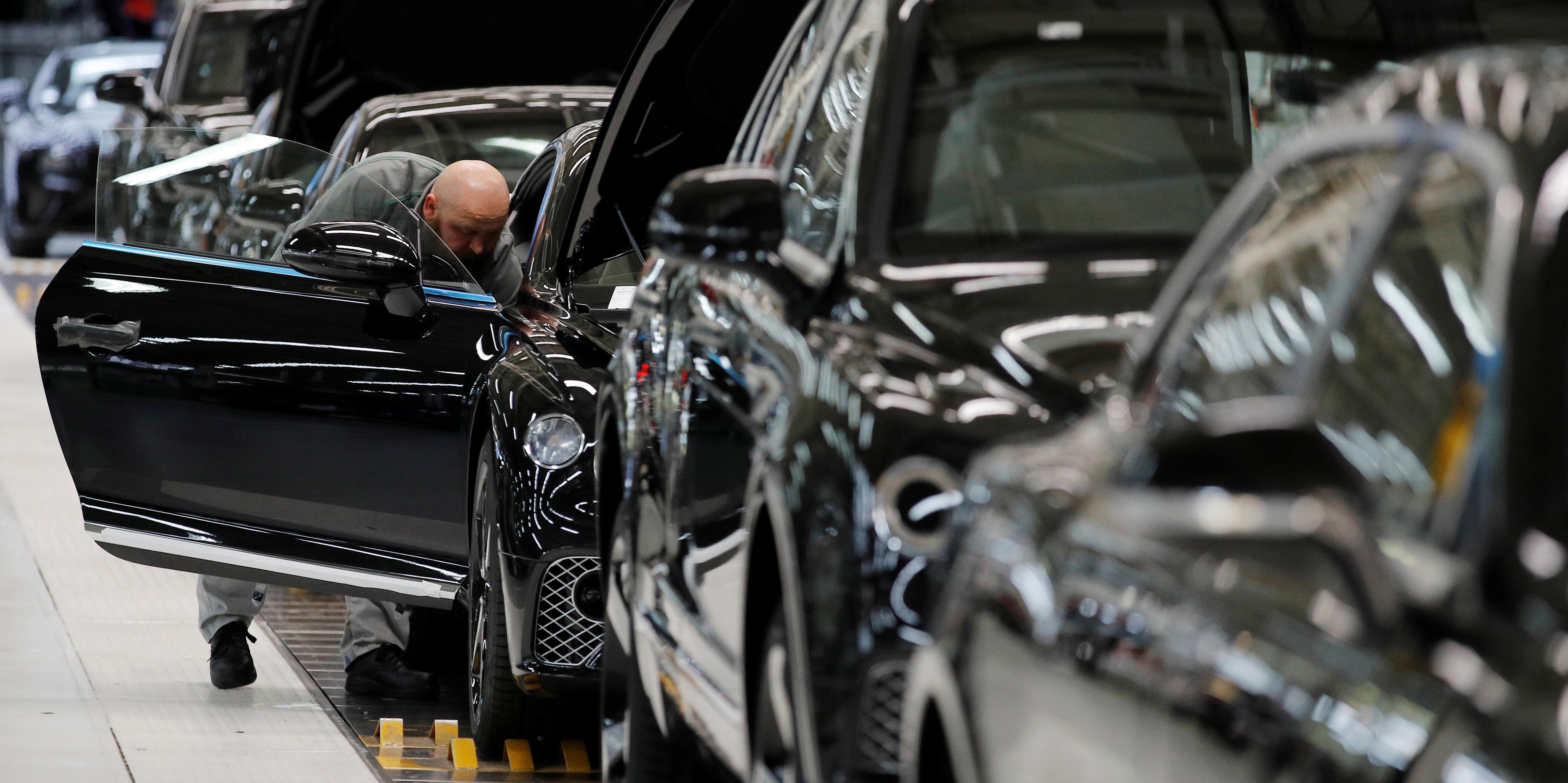 Moody's avertit le secteur automobile d'une dégradation collective