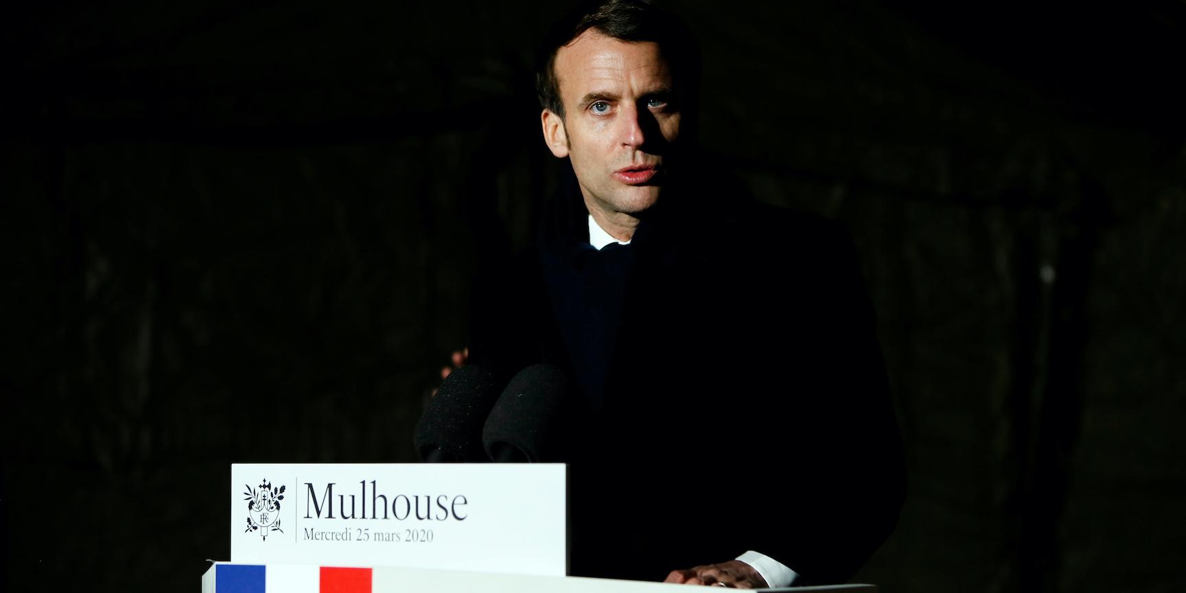 """Macron annonce """"un plan massif d'investissement"""" pour l'hôpital"""