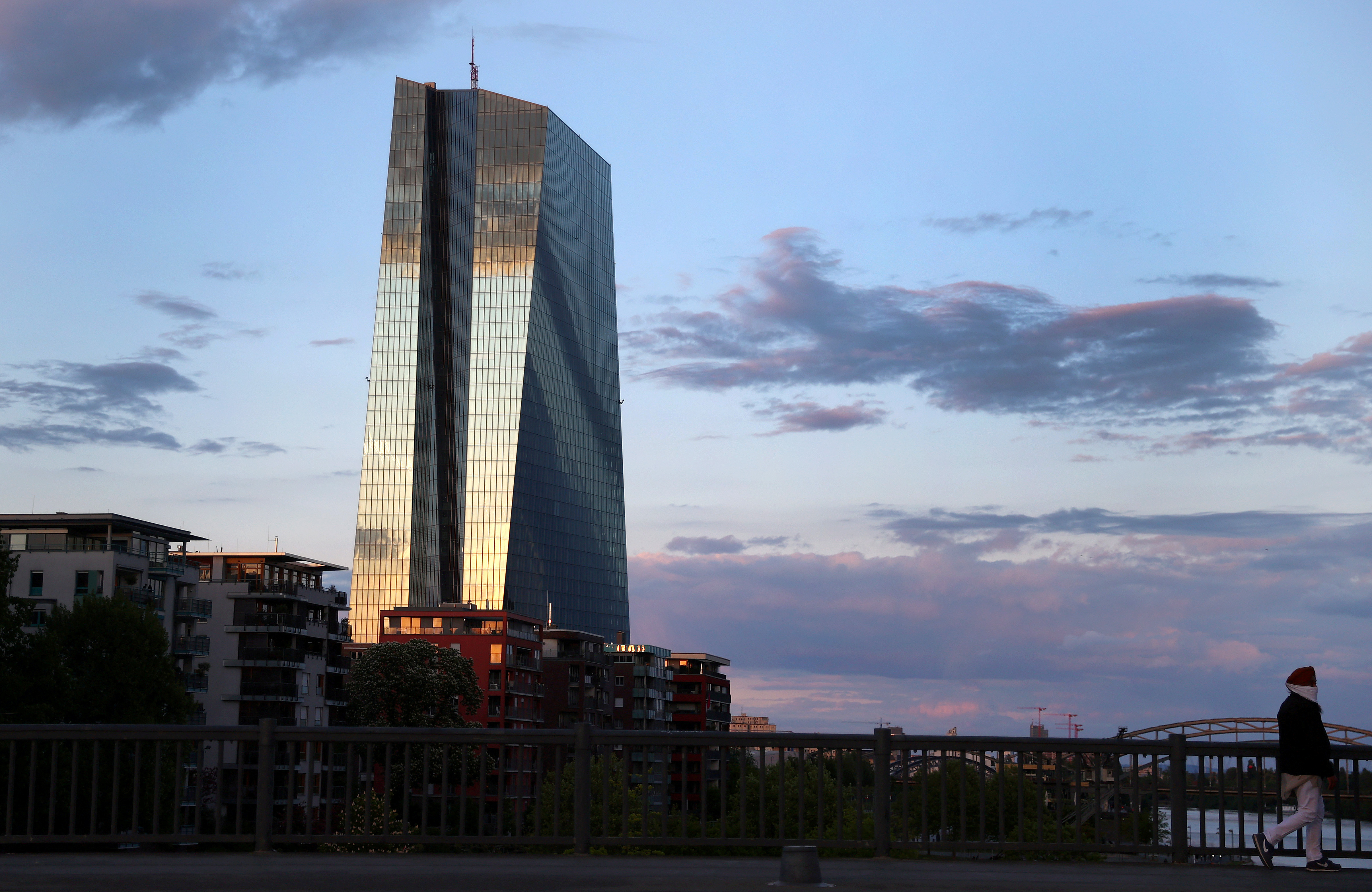 La BCE gonfle son dispositif de soutien à l'économie face à la crise du coronavirus