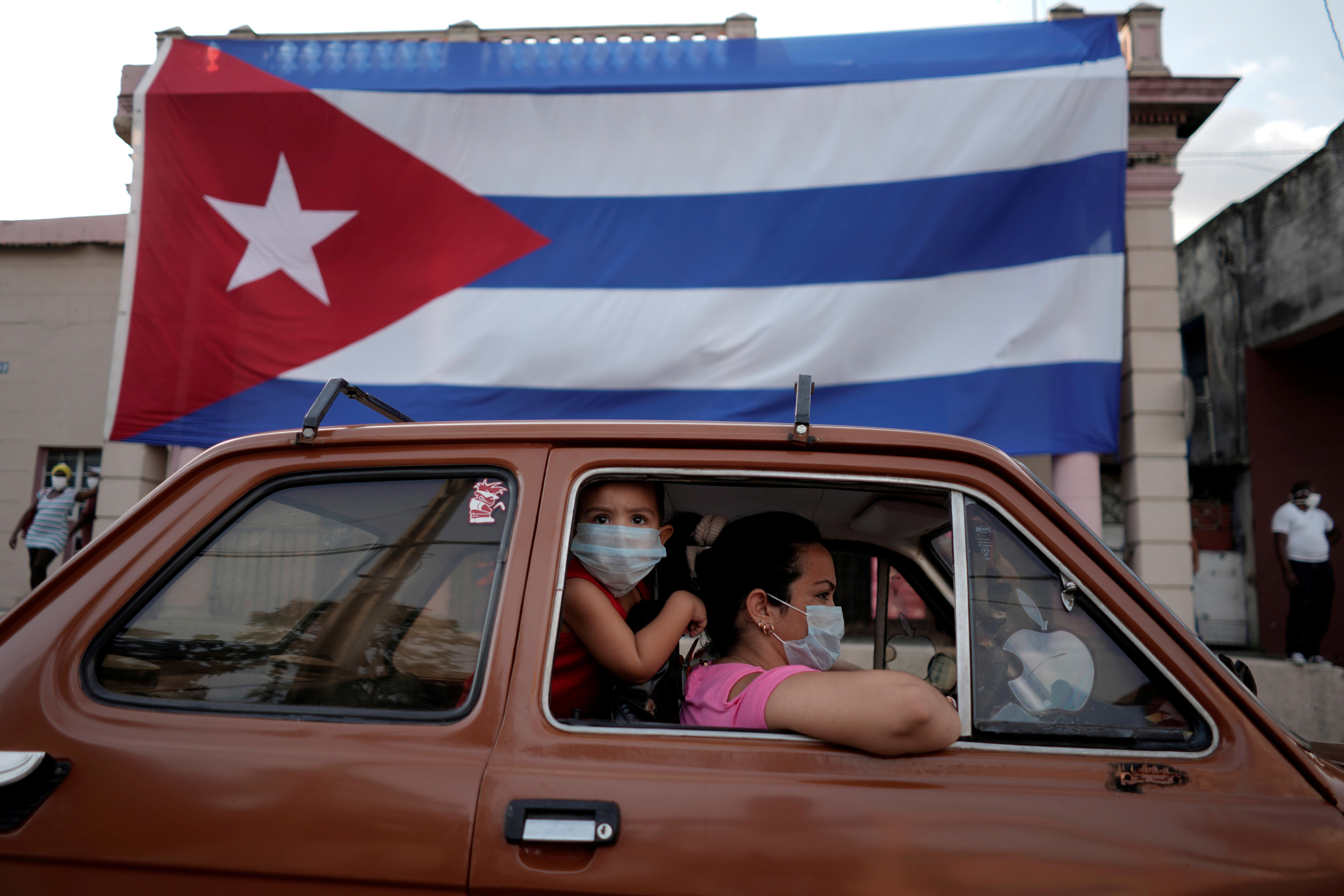 A Cuba, la fin d'un système monétaire à deux vitesses qui privilégiait les entreprises d'État
