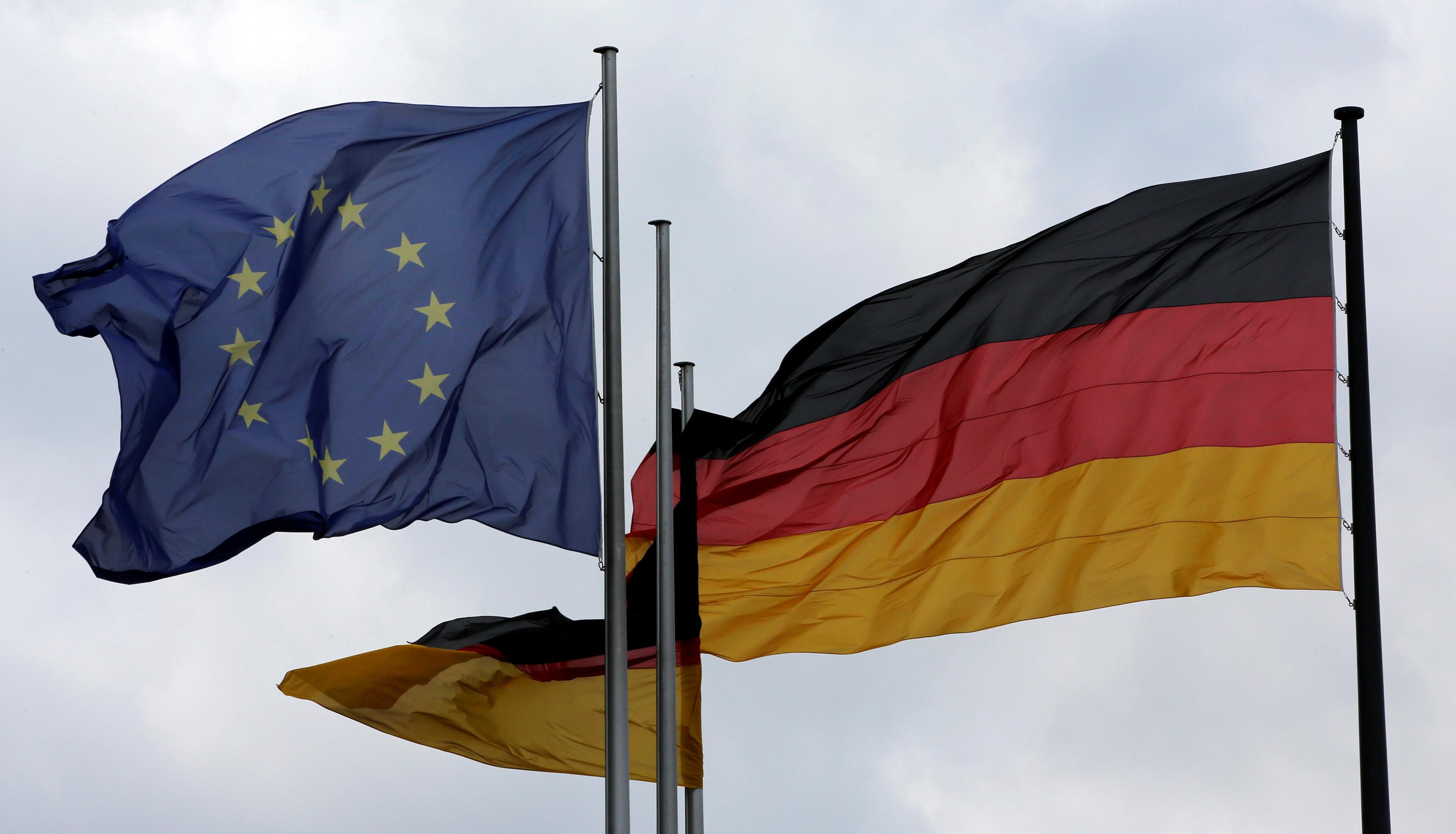 Défense européenne : l'Allemagne veut garder l'Europe sous le parapluie de l'OTAN