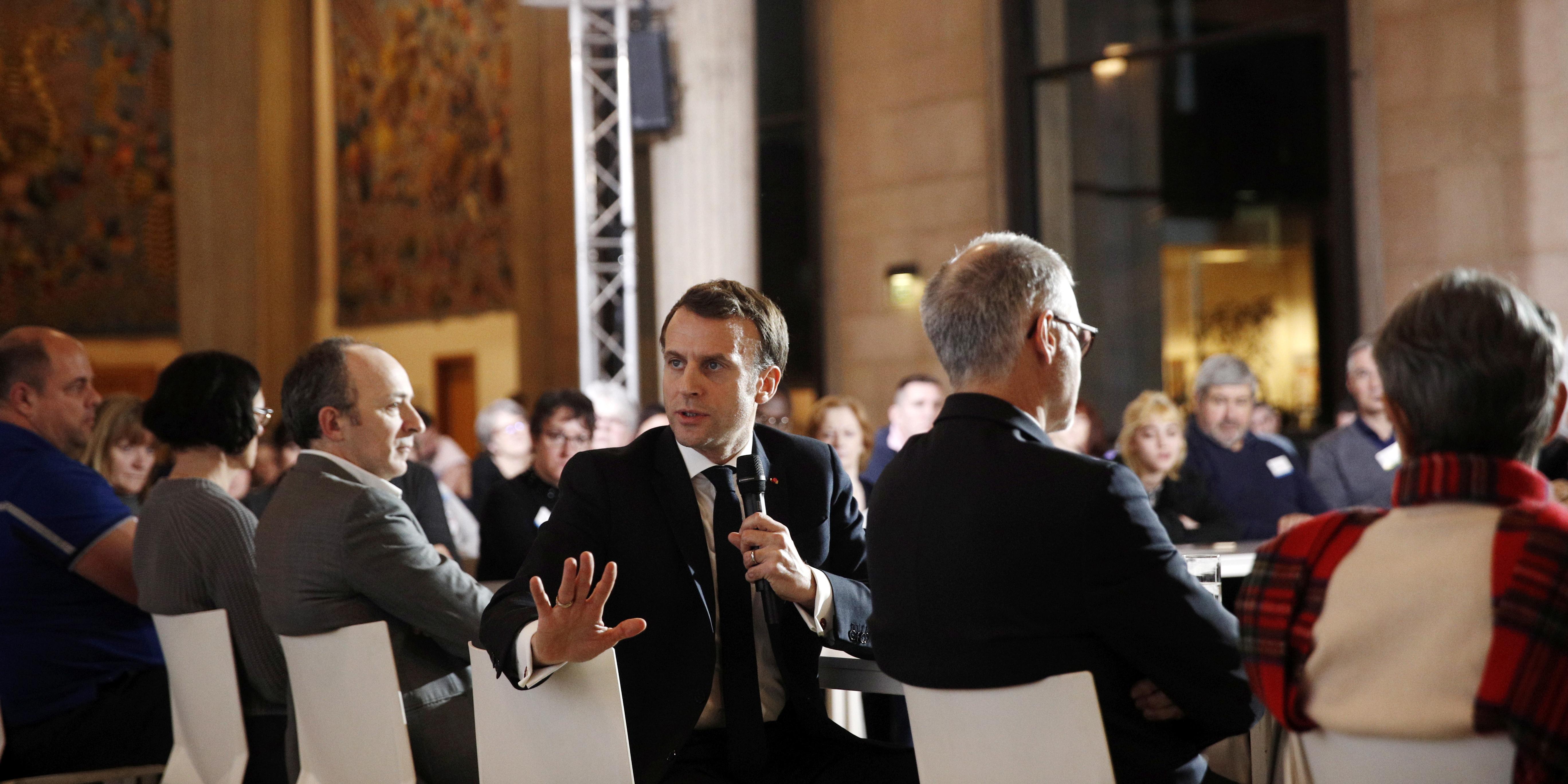 """Sortie de Macron sur les """"Amish"""": que vont devenir les propositions de la Convention Climat?"""