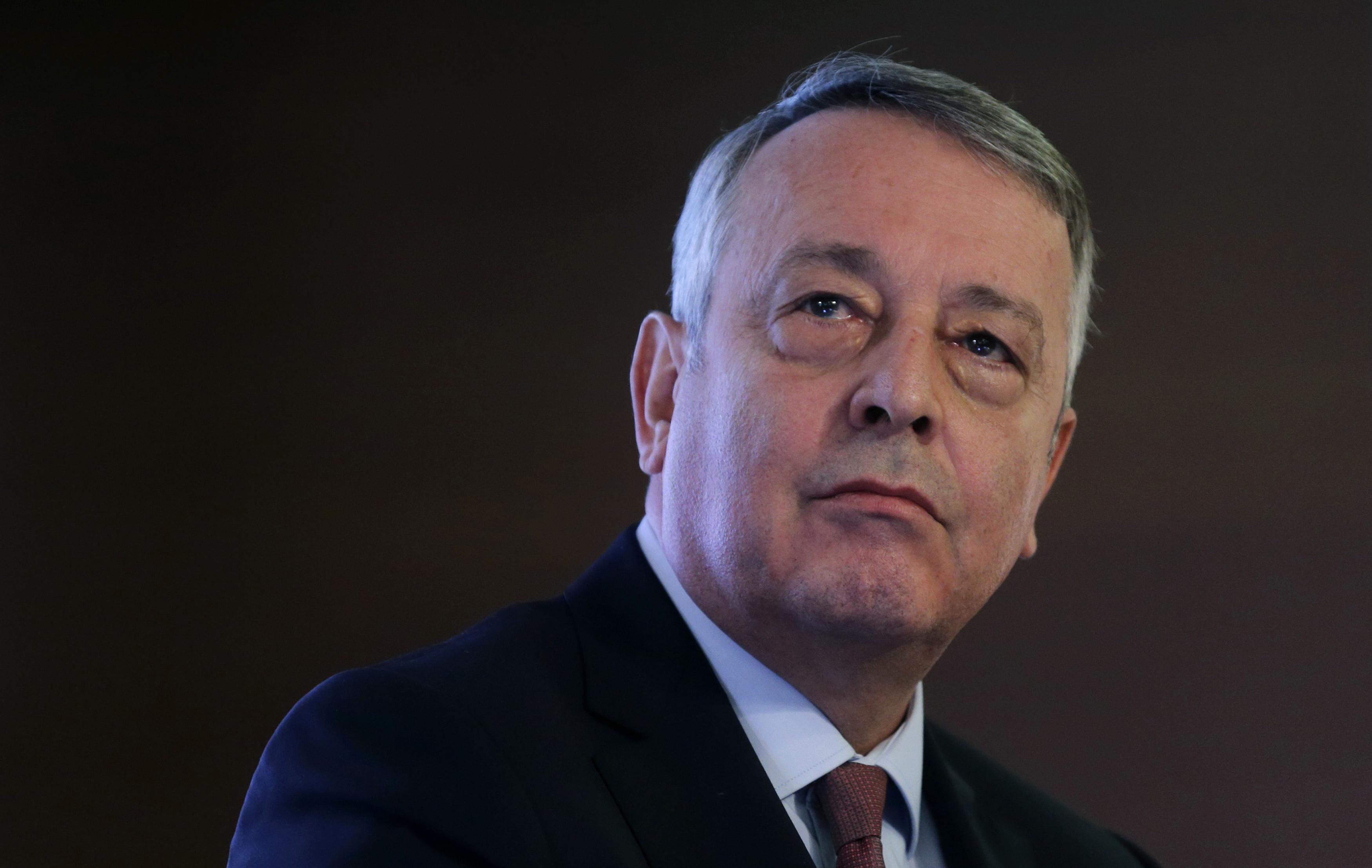 """Veolia fait un pas vers Engie pour """"discuter"""" du prix de Suez"""