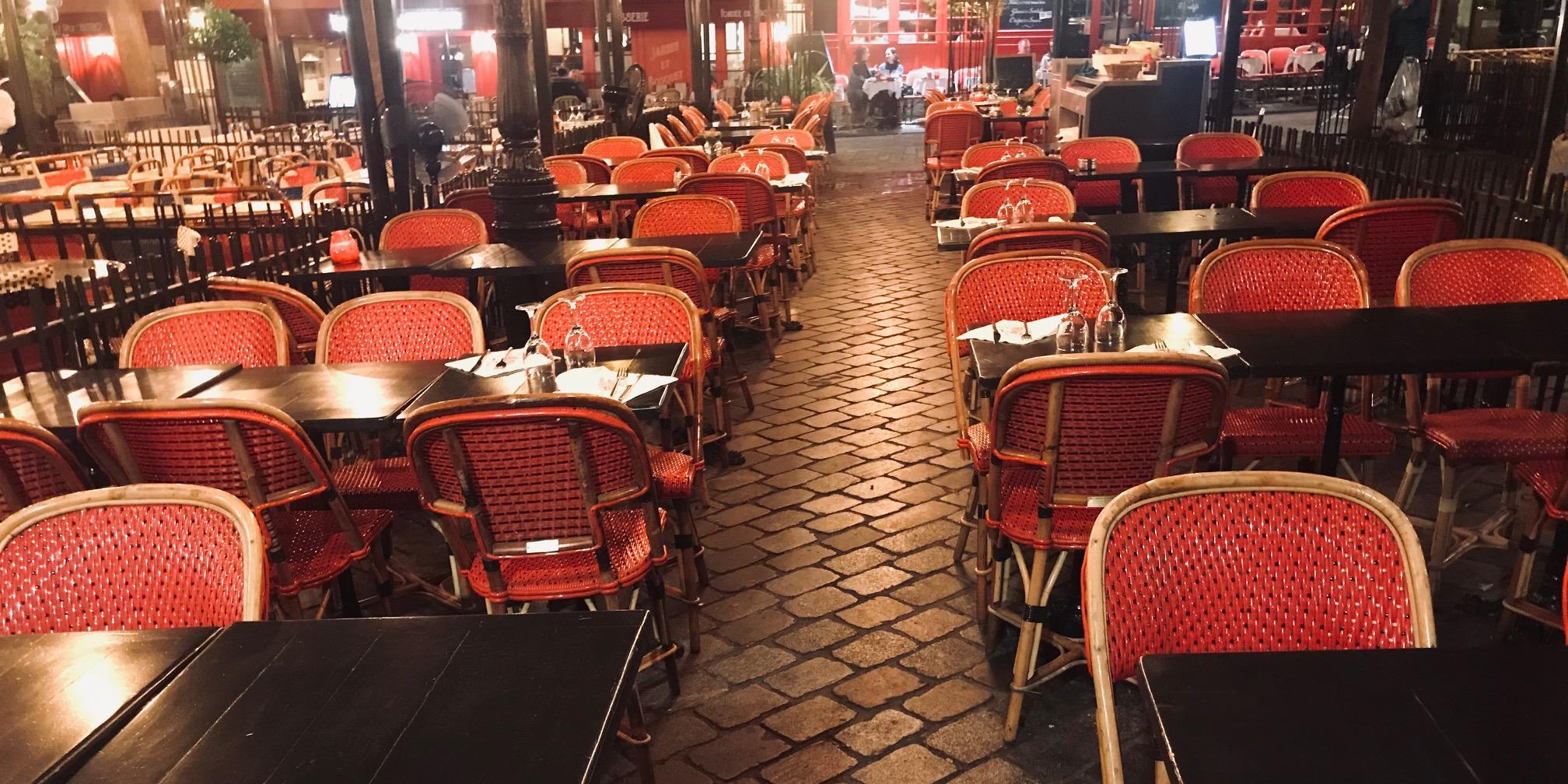 Covid 19 Paris En Etat D Alerte Maximale Mais Les Restaurants Restent Ouverts