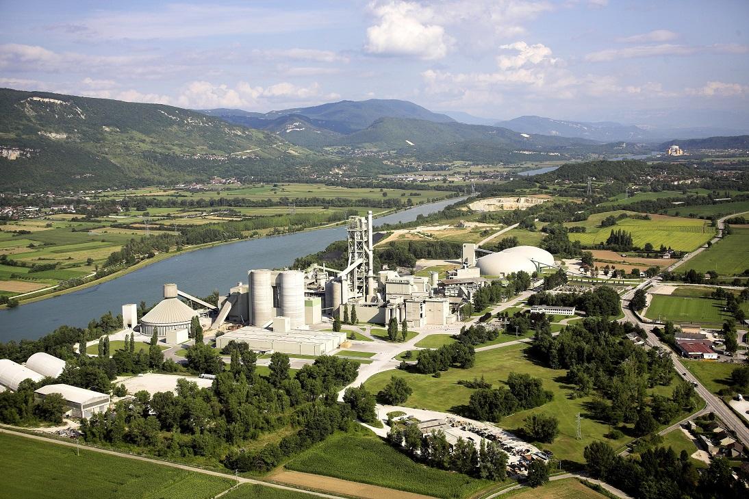 Aux côtés (entre autres) de Total Energies, le cimentier Vicat va faire pousser de la spiruline avec son CO2