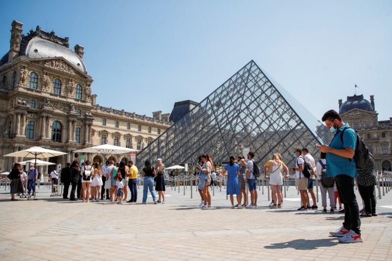 A Paris et en région, le tourisme redémarre mais le retour à la normale sera long