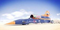 La Bloodhound SSC fait 14 mètres de long pour un poids de 8 tonnes et roule aussi vite que 180 Formules 1 additionnées.