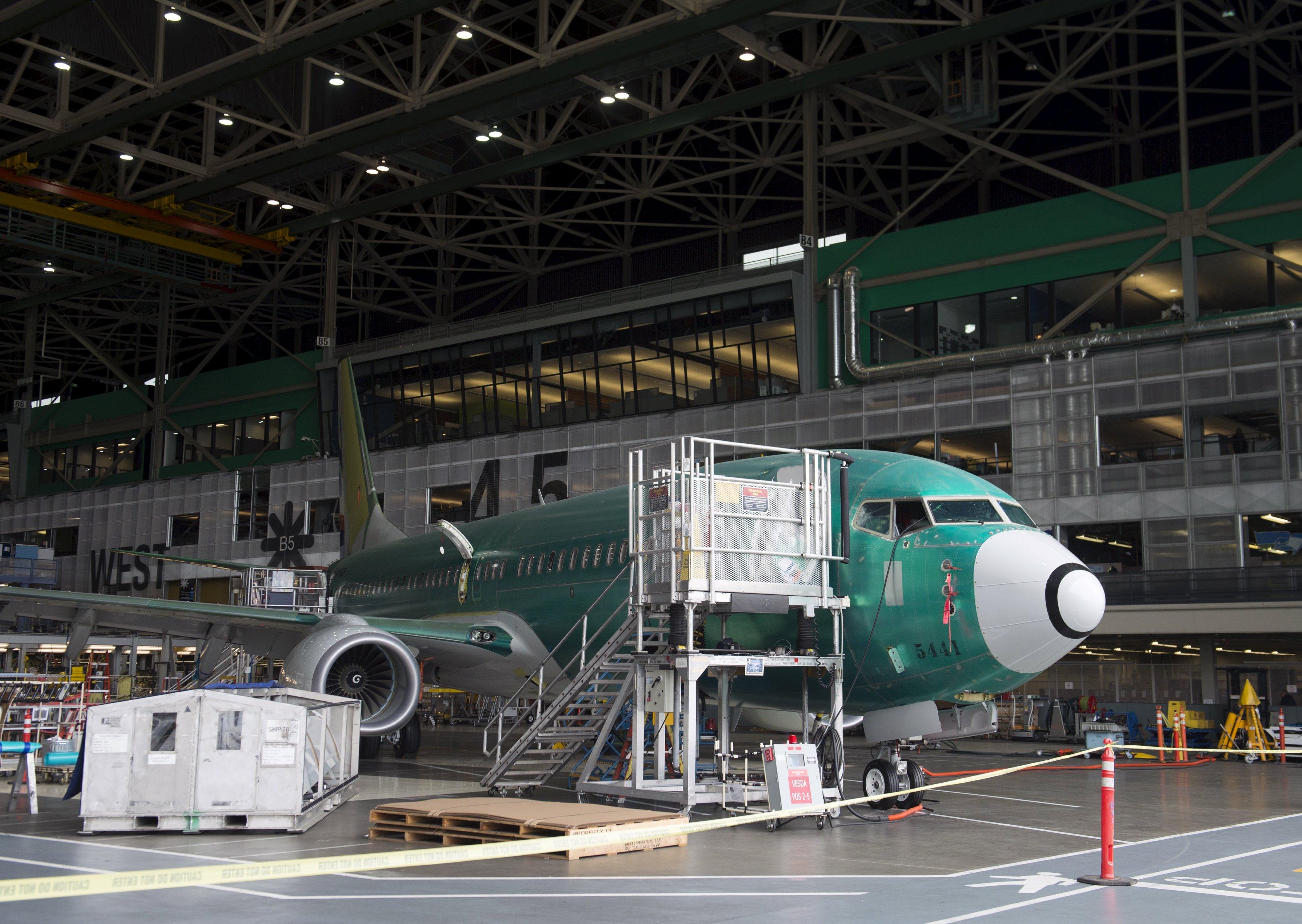 Boeing gèle les livraisons des B 737 MAX : près de 2 avions par jour sont concernés !