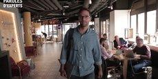 Stéphane Bensimon, CEO de Wojo, nous présente, sur place, un nouveau concept d'espaces de co-working.