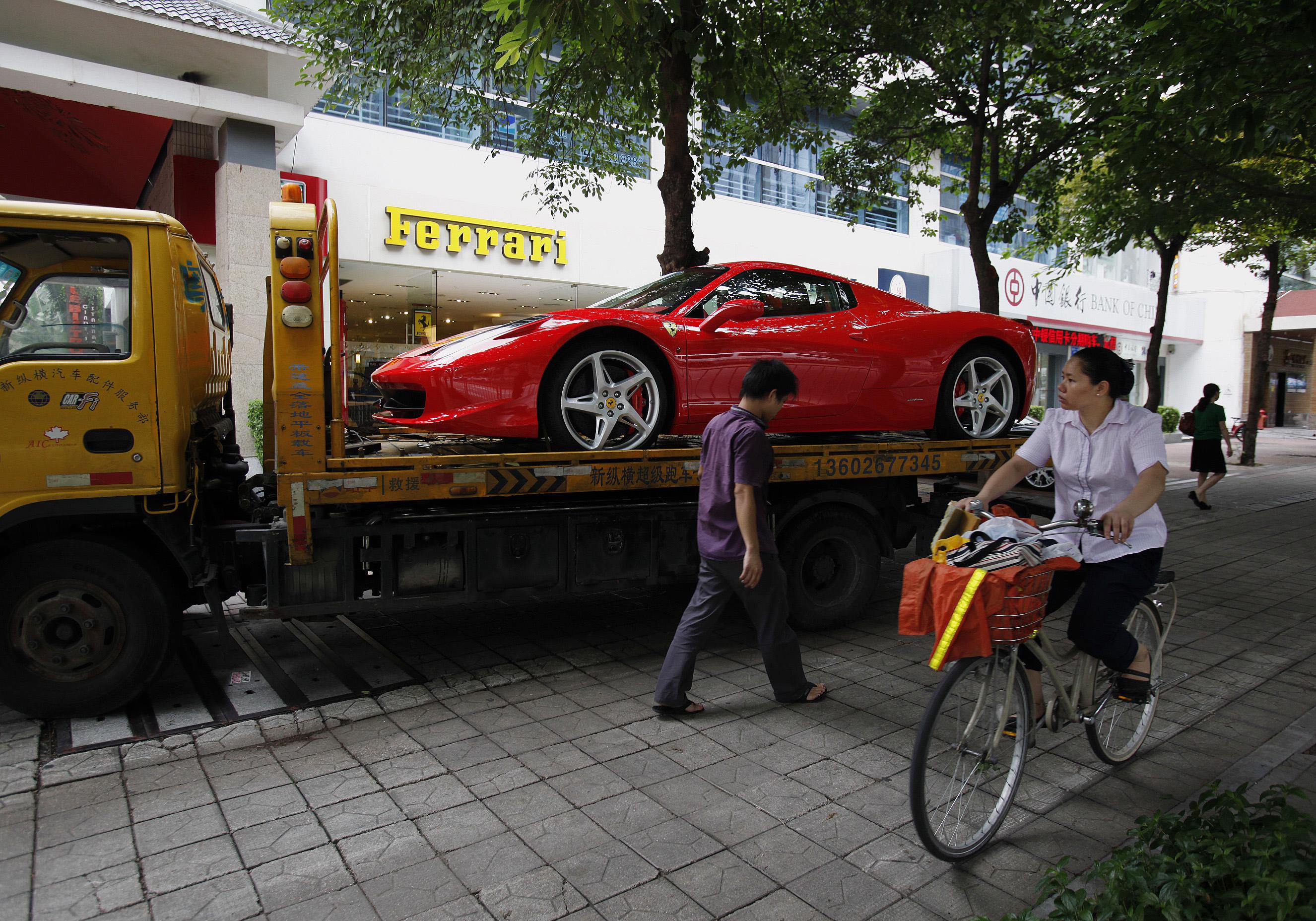 L économie du partage en Chine (1 4)  vivre sans voiture, mais rouler en  Ferrari  299388b3f63f