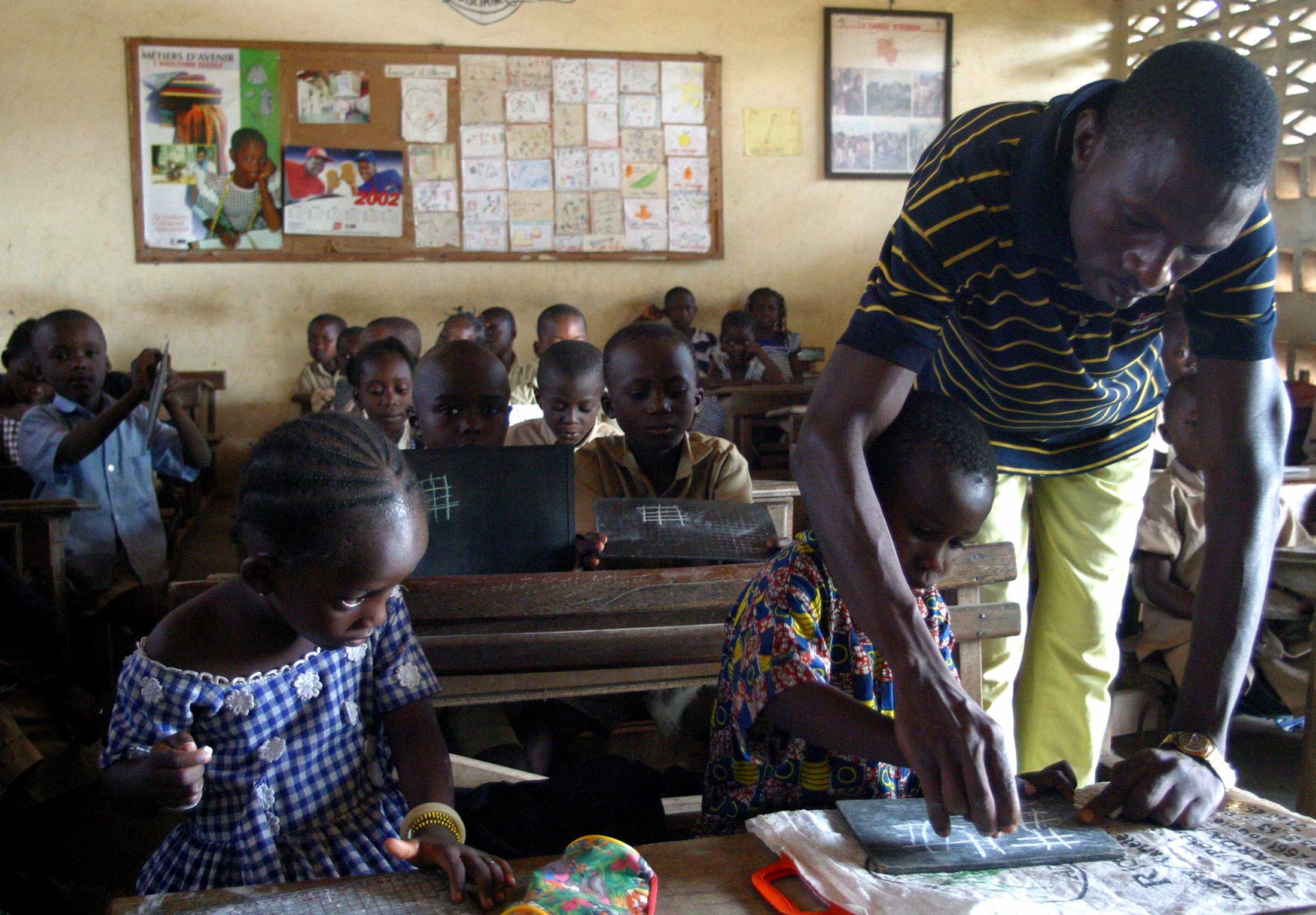 EducationLes Bons Mauvais Et De Francophone L'afrique Élèves rxshQCtd