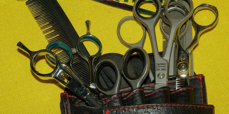 Coupe de cheveux pour hommes 4 lettres