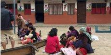 Réfugiés dans les rues de Katmandou après le séisme.