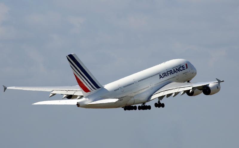 Air France chamboule la vente des billets d'avion : les