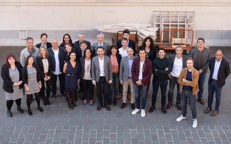 Jean-Christophe Tortora, président de La Tribune, entouré des partenaires et acteurs économiques associés à The Village