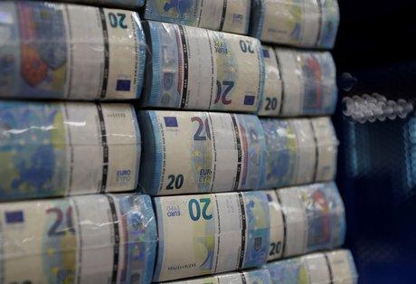 Les banques de l'ue ont besoin de 135 milliards d'euros d'ici 2027 pour bale iii