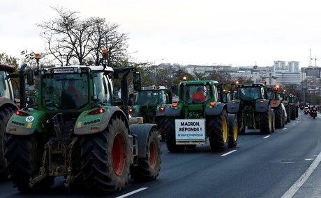 agriculteurs, colère, manifestation, tracteurs, prix, grande distribution