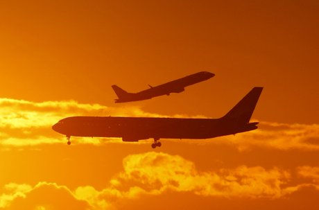 trafic aérien, avions, ciel, soleil couchant, passagers, vols, compagnies aériennes, décollage, atterrissage, Sydney Airport, Australie