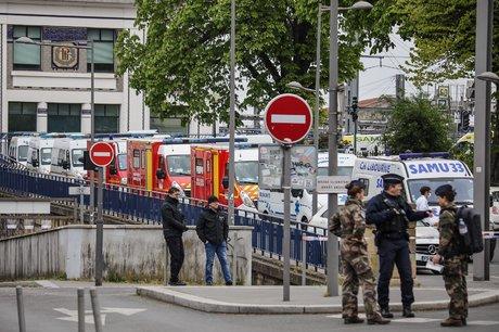 Bordeaux Covid-19-3 Arrivées patients Grand-Est