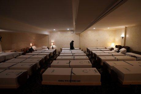 New York, chambre funéraire, covid-19, coronavirus, cercueils