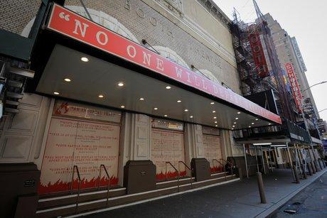 Les theatres de broadway resteront fermes jusqu'en mai 2021