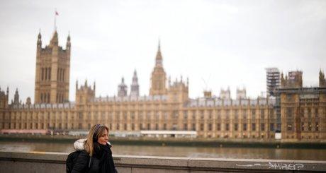 Le royaume-uni enregistre 178 deces supplementaires et 10.641 nouveaux cas