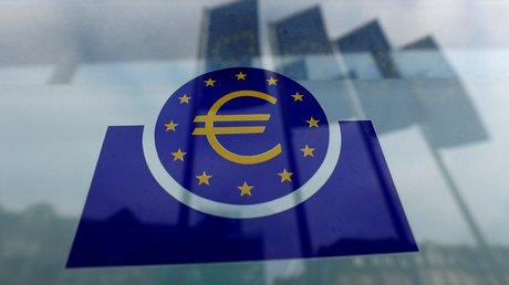 La bce doit rester accommodante tant que l'inflation est sous 2%, selon panetta