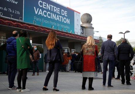 Coronavirus: la vaccination des adolescents devrait debuter en juin, dit fischer