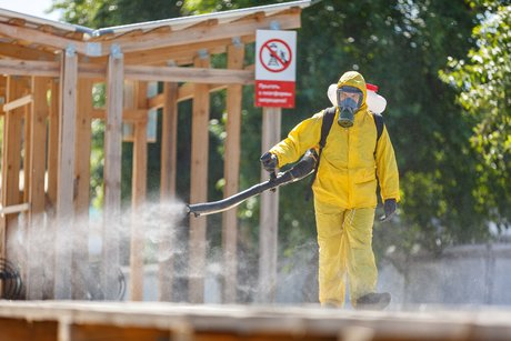 Russie: un variant agressif du coronavirus sevit a moscou, dit le maire