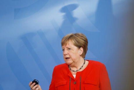 Merkel espera grandes inversiones en la era posterior al coronavirus