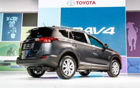 Toyota Rav 4 Le Pionnier Du 4x4 Compact Est Une Valeur Sûre