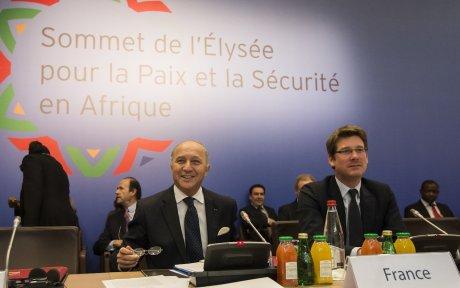 Laurent Fabius et Pascal Canfin le 5 décembre 2013.