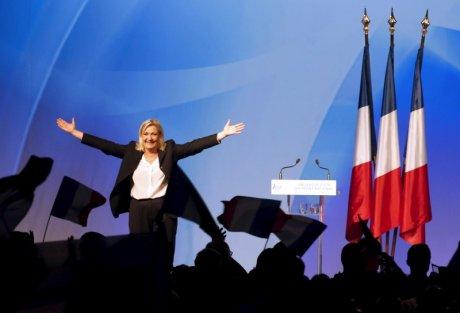 Trois francais sur dix se disent prets a voter pour marine le pen a la presidentielle