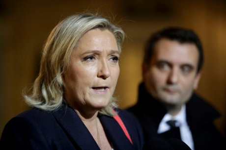 Marine le pen salue de bonnes intentions de francois hollande