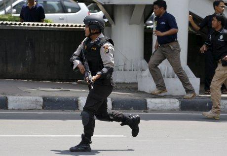 Explosions dans le centre de djakarta