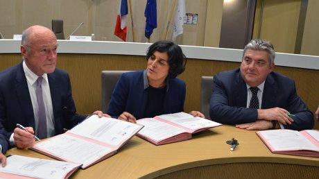 Signature plan formation chômeurs Aquitaine