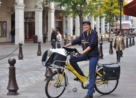 La Poste, VAE, vélo à assistance électrique, facteur, factrice, mobilités douces, Nantes,