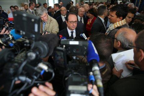 François Hollande, Liebherr Aerospace, presse