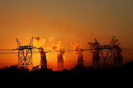 électricité réseau câbles centrale électrique