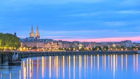 Garonne, Bordeaux, quai des Chartrons, église Saint-Louis-des-Chartrons