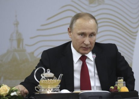 Poutine nie toute offre de communication secrete avec trump