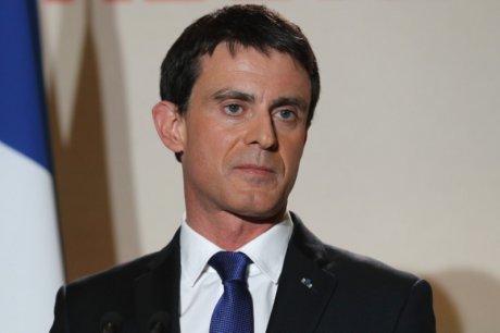 Valls annonce qu'il est reelu, france insoumise conteste