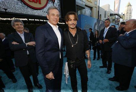 Bob Iger, Disney, Johnny Depp, cinéma, média, divertissement, Netflix, streaming, Pirates des Caraïbes,