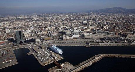 Marseille, port, CMA-CGM, armateur, le nouveau hub europeen du textile chinois