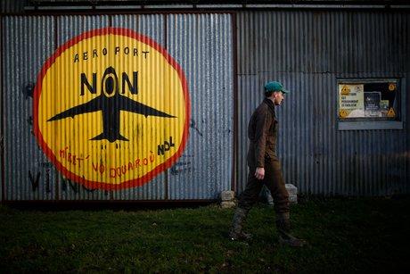 Le gouvernement renonce a l'aeroport de notre-dame-des-landes