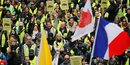 Gilets jaunes: un observateur blesse porte plainte contre la police