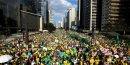 Manifestation à Brésil contre Rousseff