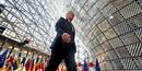 L'ue surveillera l'investissement etranger, dit juncker