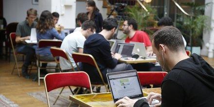 entreprise, startup, PME, TPE, incubateur, pépinière, job, emploi, embauche, recrutement, bureau, ordinateur,