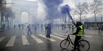 Gilets jaunes: comparutions a la chaine au tribunal de paris